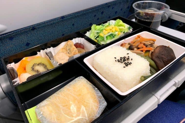 A321neo フィリピン航空 機内食