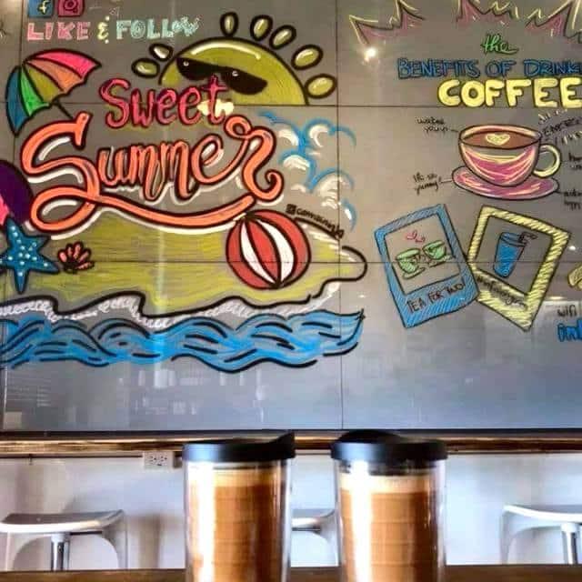 インフュージョン コーヒー 壁
