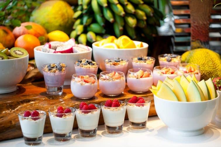 ホテル日航グアム 朝食 フルーツ