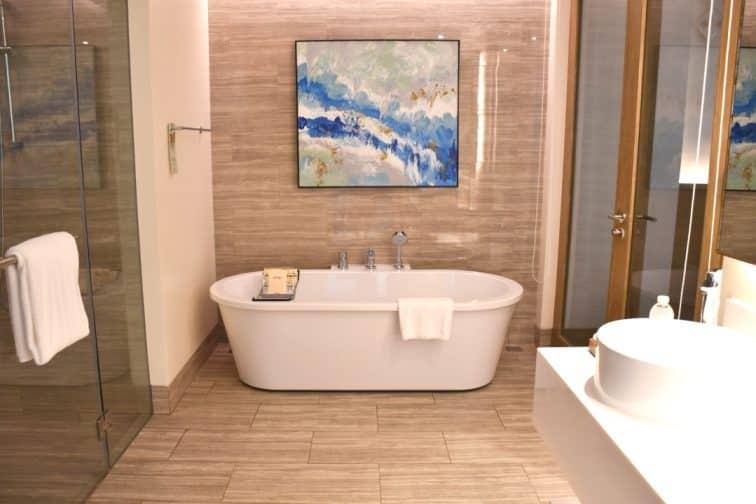 クリムゾンボラカイ スイートルーム バスルーム