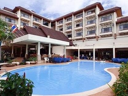 ピピ島のメトロポールホテルのプール