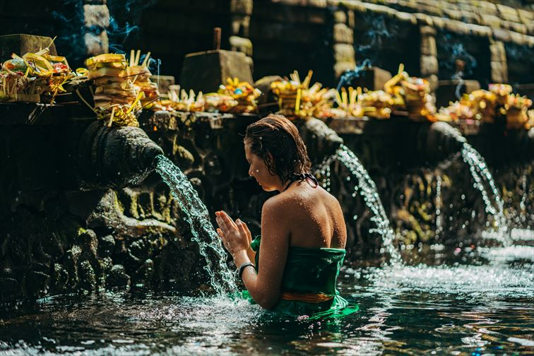 ムルカットと呼ばれる沐浴