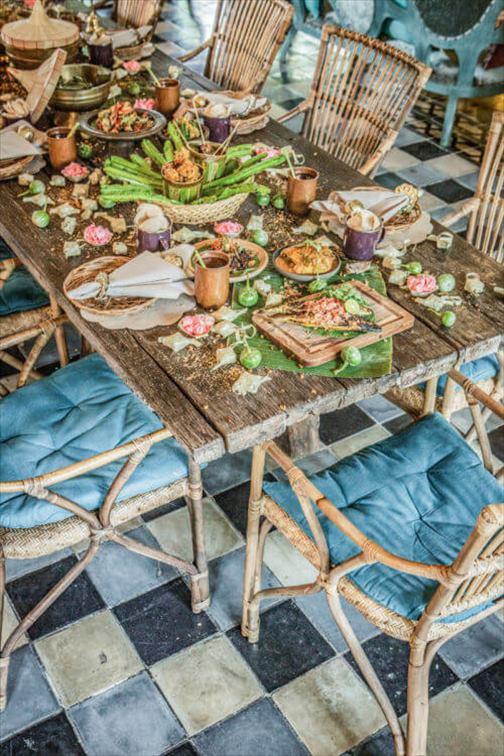 人気デザイナーのカフェ「バリク」