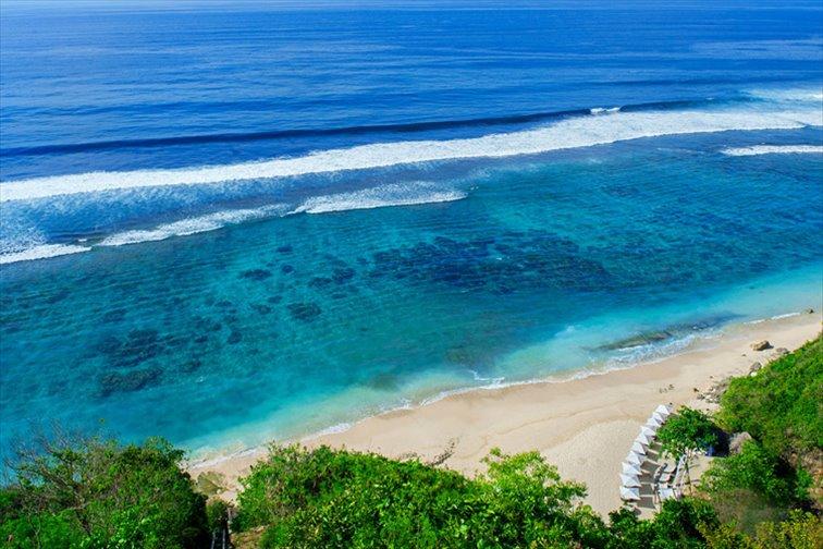 プライベートビーチにあるビーチクラブ「カルマ・ビーチ」