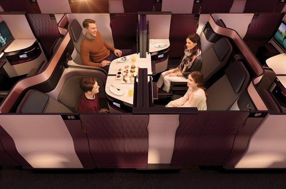 カタール航空Qスイート4人で食事