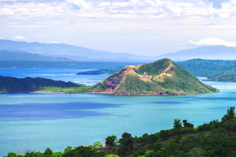 taal volcano2 manila