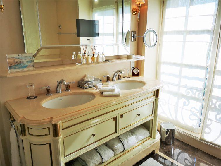 シャングリラホテルパリ 洗面台