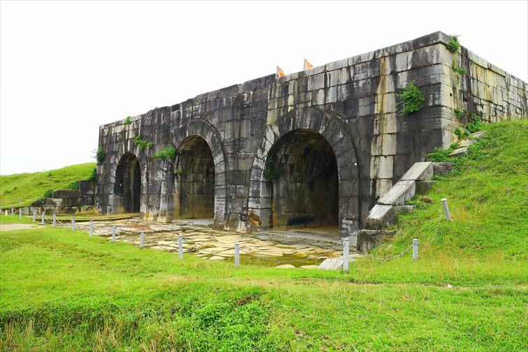 ホー王朝(胡朝)の城塞