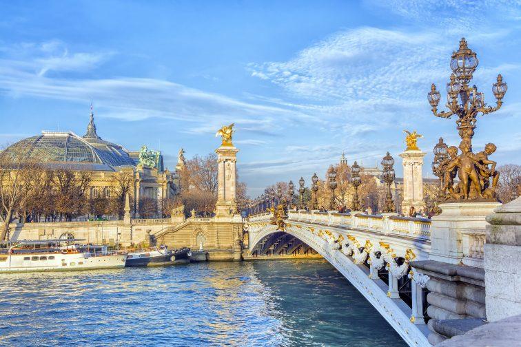 パリ アレクサンダー3世橋