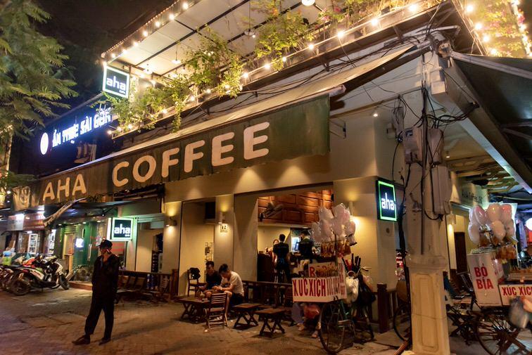 aha coffee in hanoi