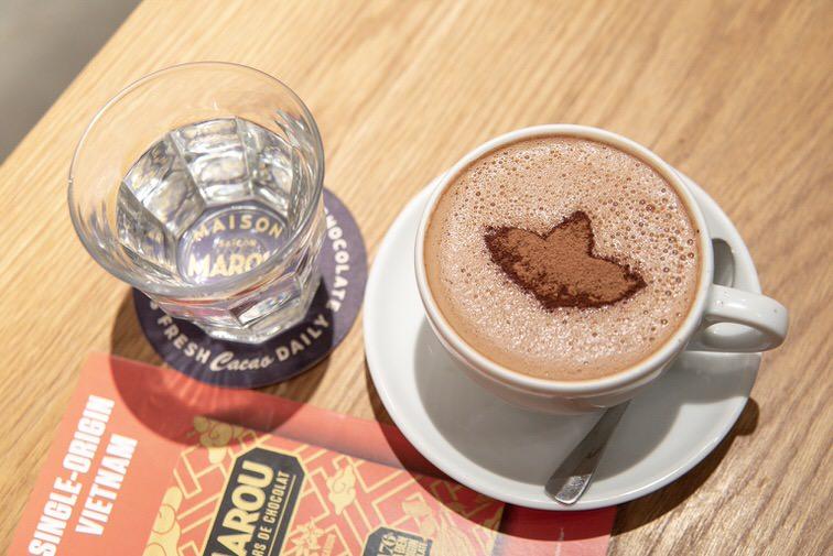 マルゥのビターチョコレートのホットドリンク
