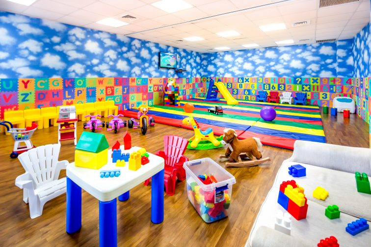 Kid's Playroom (1)