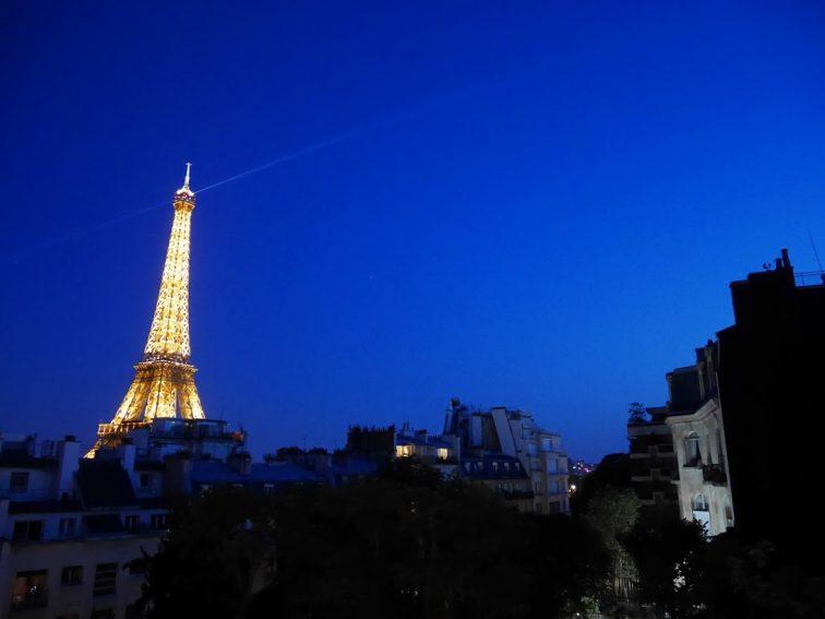 シャングリラホテルパリエッフェル塔夜景