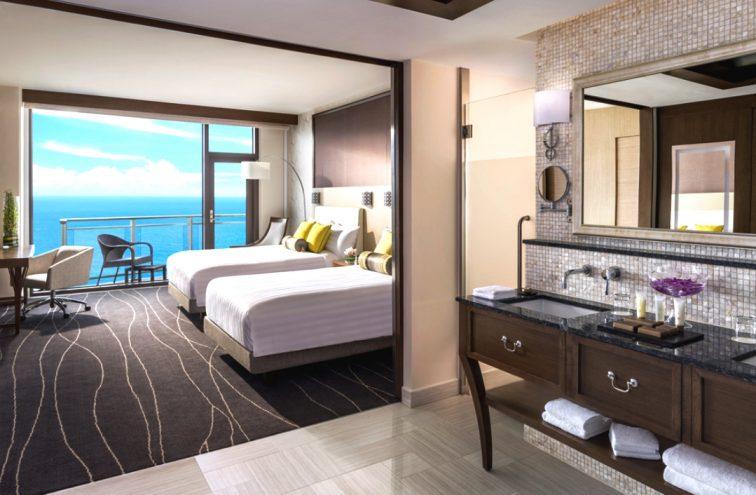 Premiere_Oceanfront_Room