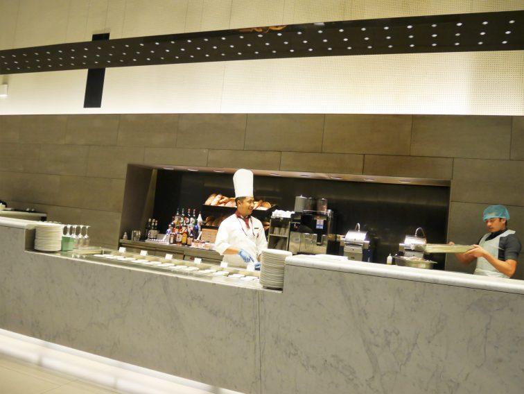ハマド国際空港ビジネスラウンジレストラン