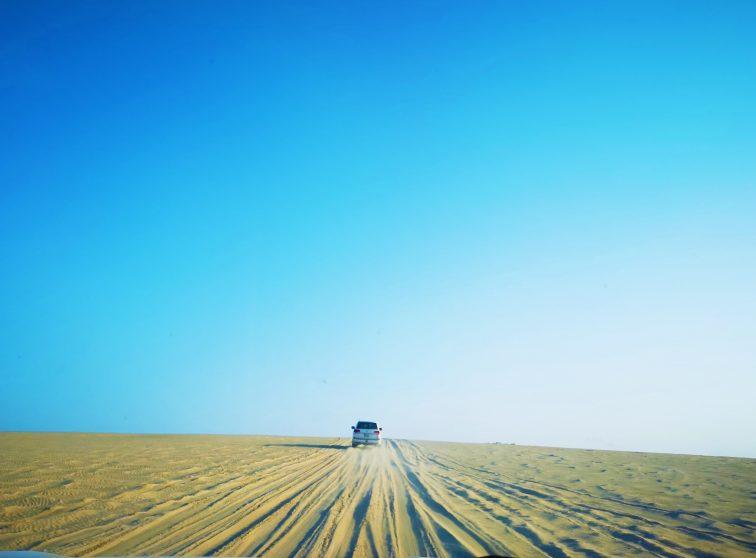 カタール 砂漠 4WD