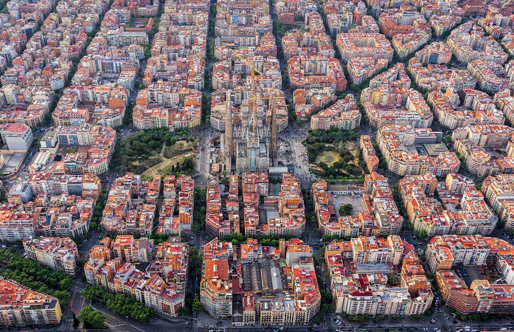 バルセロナの中にあるサグラダファミリア