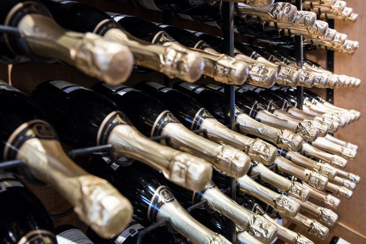 シャンパン パリ