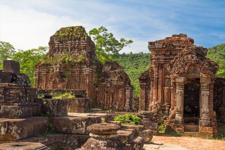 ベトナムの異国情緒あふれる遺跡群