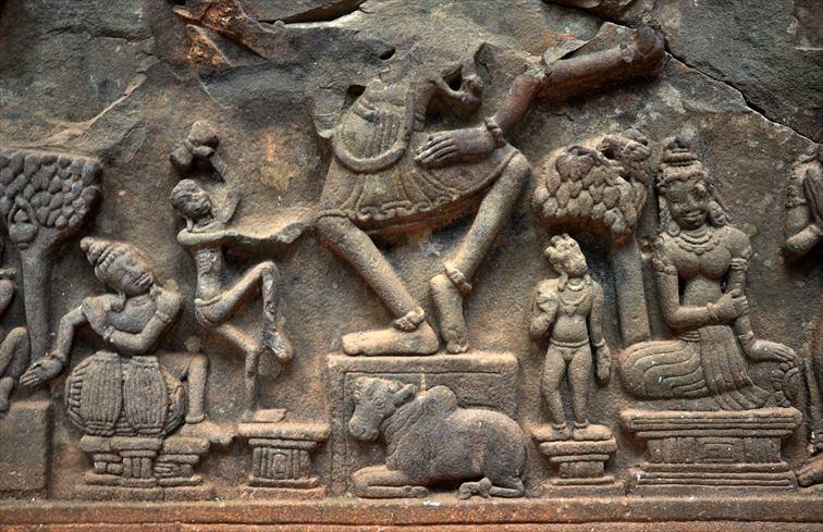 「ミーソン遺跡」ヒンドゥー教の文様や女神のレリーフ