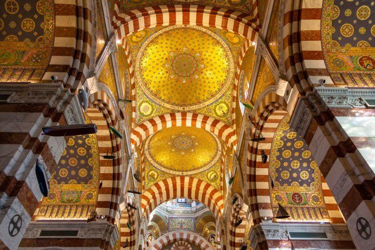 ノートルダムドラギャルドバジリカ聖堂