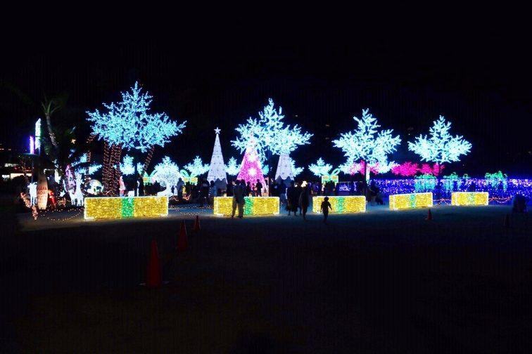 グアム政府観光局主催のクリスマスライトアップ