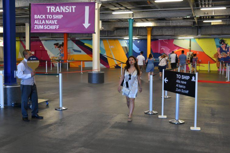マルセイユ 旅客ターミナル