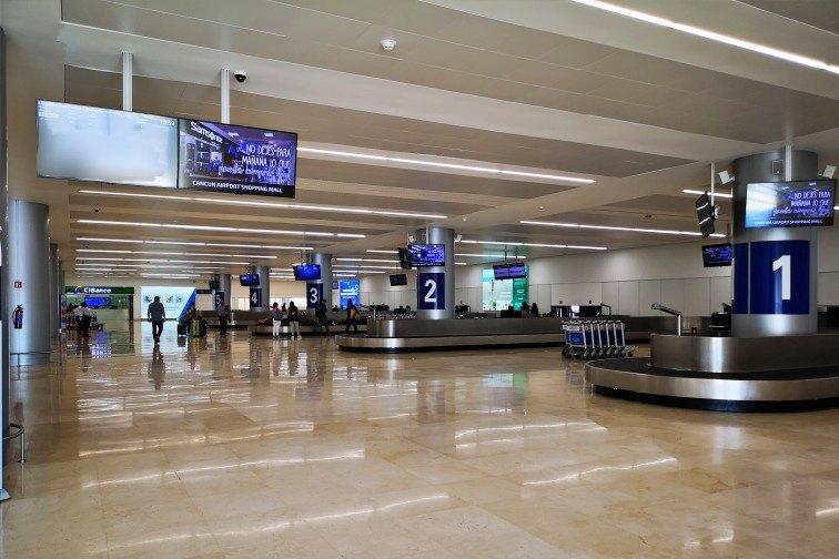 カンクン空港・ターミナル4