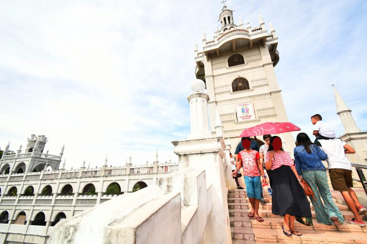 simala church ambrella