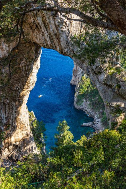 カプリ島 天然のアーチ