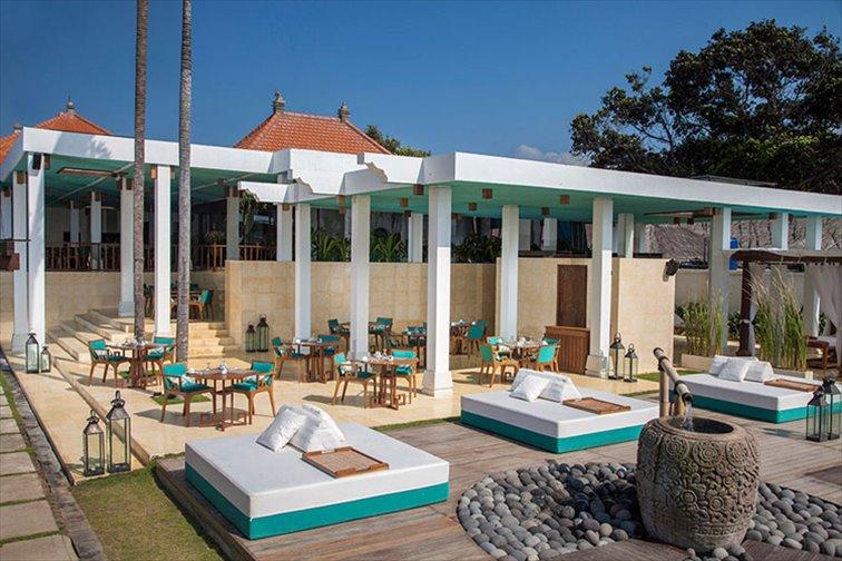 ラサラ・レストランとビーチクラブ