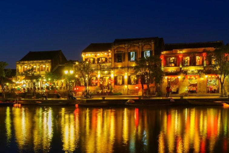 ベトナム・ホイアンの夜の様子