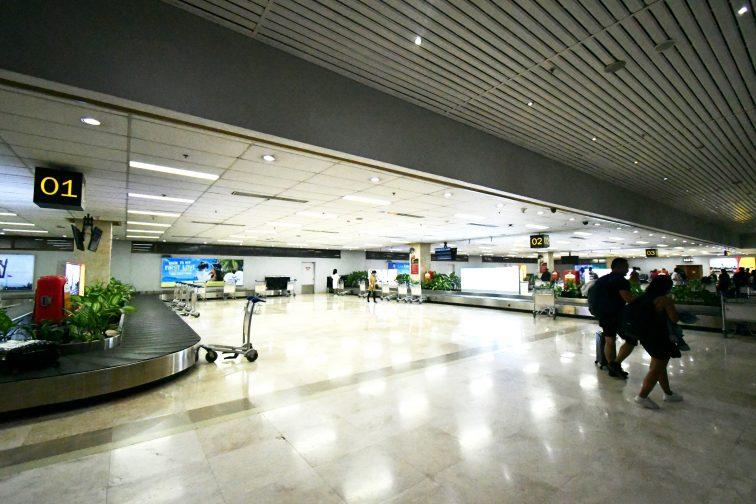 セブ空港 国内線 預け手荷物が流れるターンテーブル