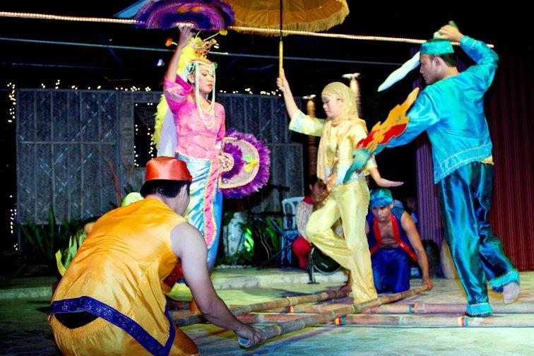 philippino fiesta bamboodance