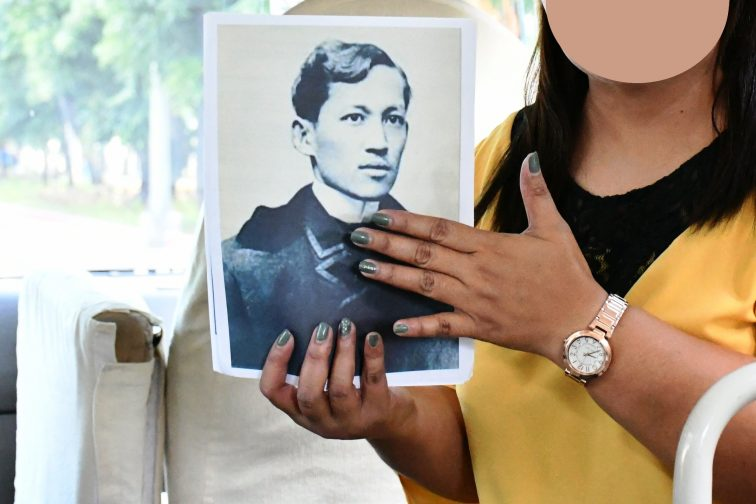 guide introduce Rizal