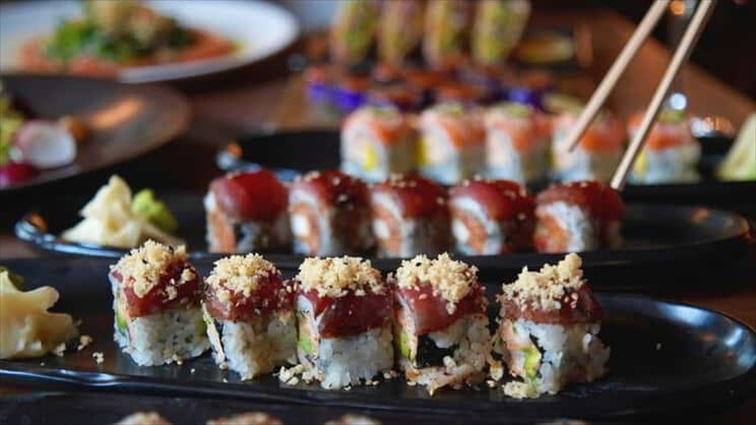 CATCH(アリア・リゾート&カジノ)の色鮮やかなロール寿司