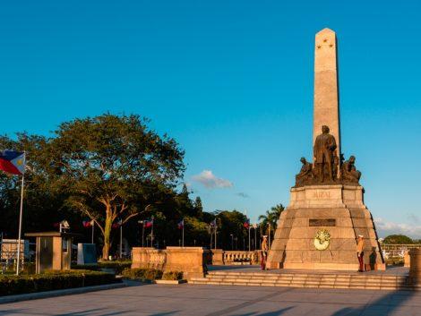rizal park in Manila tour