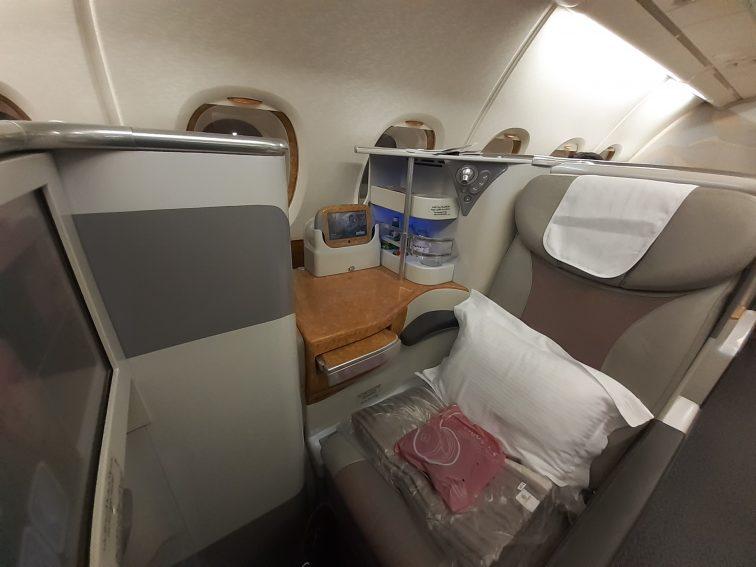 エミレーツ航空 ビジネスクラス搭乗記
