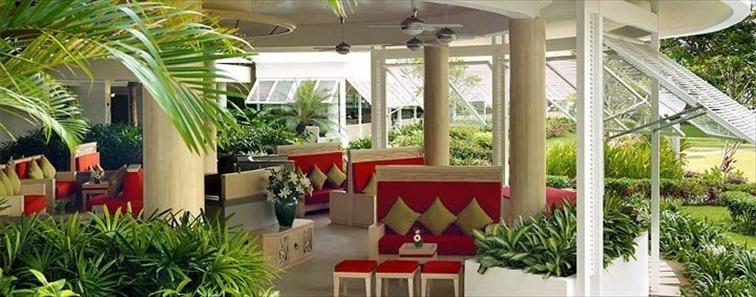 ゴールデン サンズ リゾート バイ シャングリラ(Golden Sands Resort by Shangri-La)のロビー