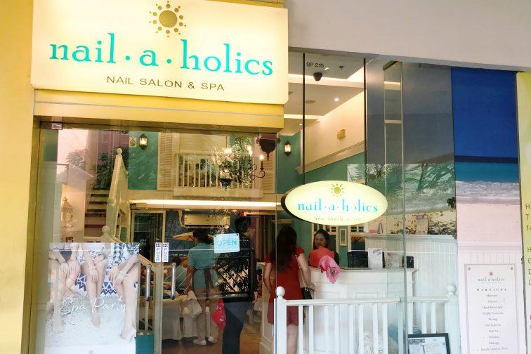 Nail-a-Holics1