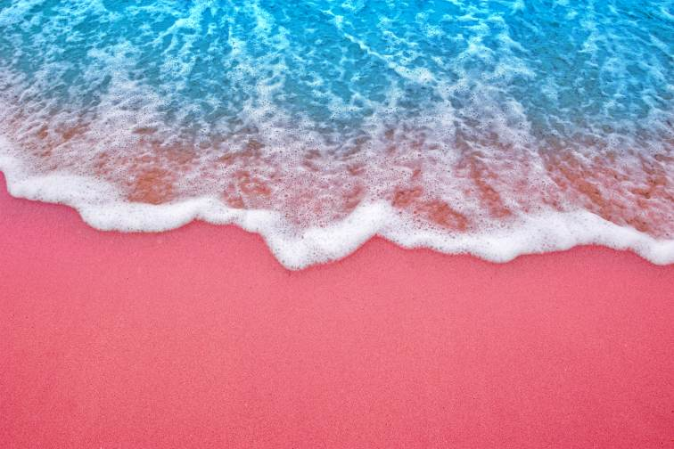 komodo pink beach3