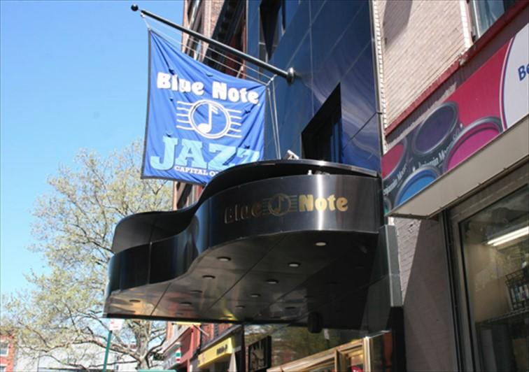 ジャズの聖地ニューヨークで人気のジャズクラブ「ブルーノート」