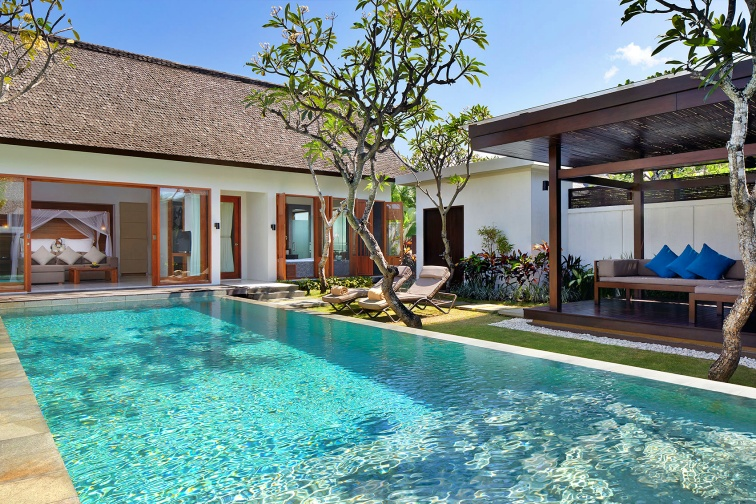 the-samaya-seminyak-one-br-courtyard-villa-exterior-1538488961