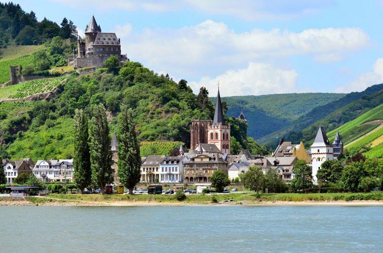 ドイツ 古城ホテル ツアー