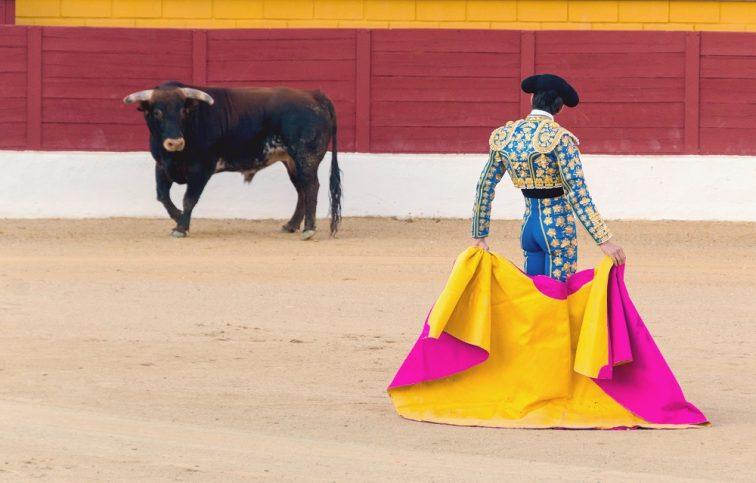スペイン いつ行ける?