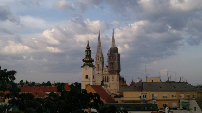 クロアチアで一番高いザグレブ大聖堂の塔