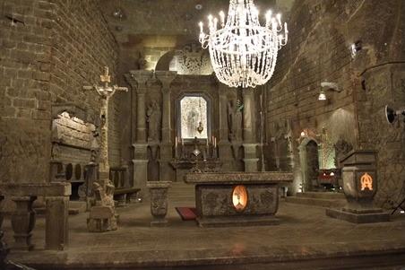 ヴェエリチカ岩塩抗の地下教会