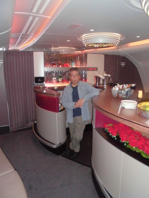 カタール航空機内のバー