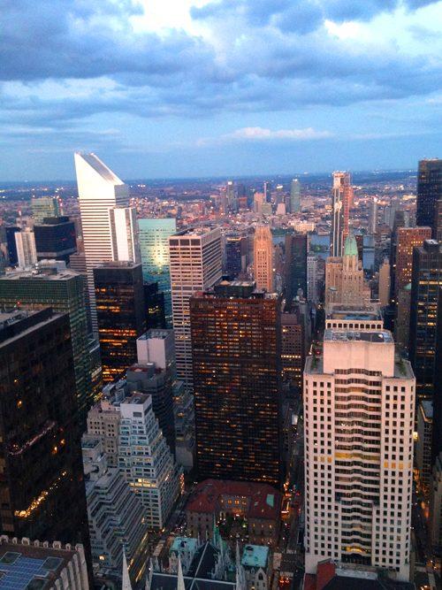 夕暮れ時のマンハッタン