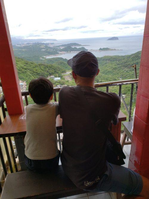 九份では高台からの景色を満喫